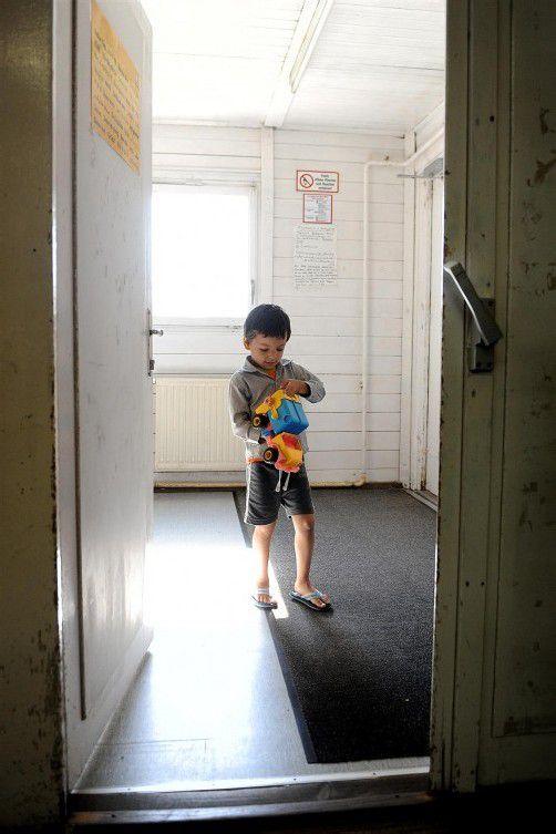 Flüchtlingsbub in Traiskirchen: Spezifische Betreuung gefordert. Foto: APA