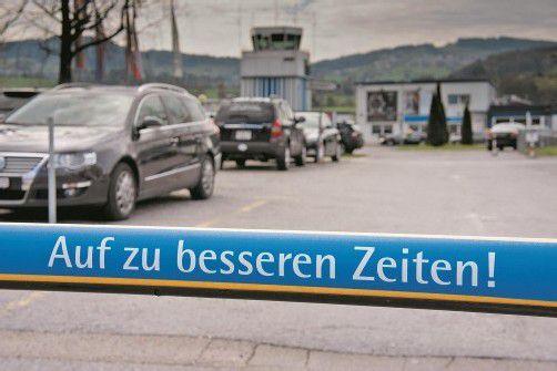 Flughafen Altenrhein: Ein Aufkleber mit Symbolkraft. Mit dem Rückzug der Intersky sollen neue Kunden gewonnen werden. Foto: vN/Hartinger