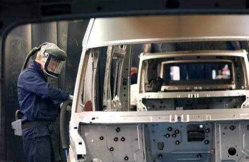 Ford plant, in Europa weitere Werke zu schließen.