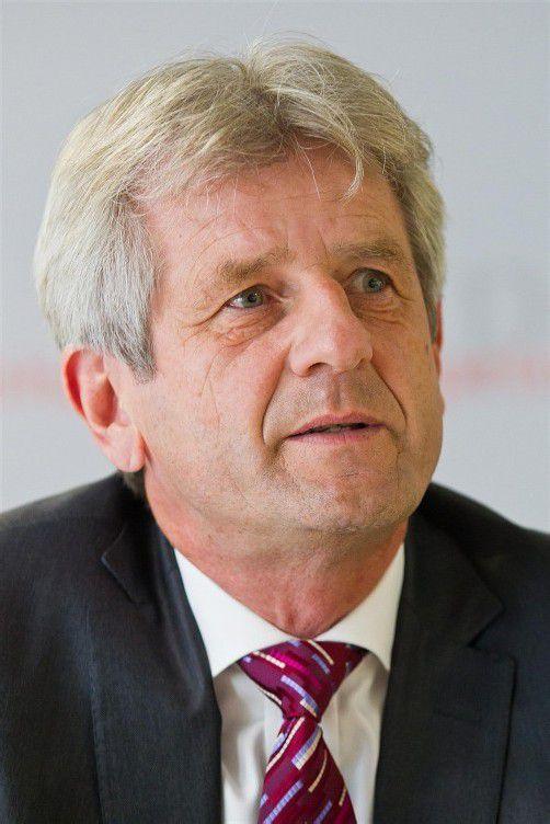 Herbert Schmalhardt (55)