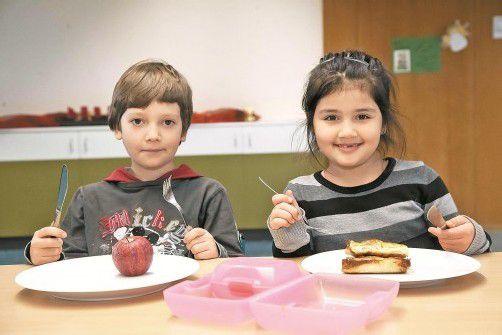 In einer Ganztagsschule wird die Bildungsanstalt zum Lebensraum. Da wird auch gegessen. Foto: VN/Paulitsch