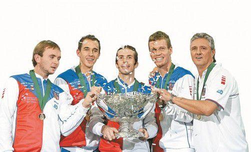 Ivo Minar, Lukas Rosol, Radek Stepanek, Tomas Berdych, und Jaroslav Navratil (v. l.). Foto:ap