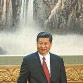 Xi Jinping führt Partei und Militär in China an