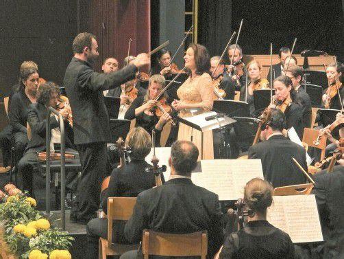 Kirill Petrenko am Pult des Symphonieorchesters Vorarlberg. Foto: JU