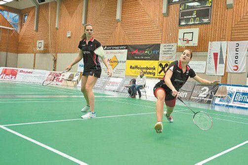 Lisi Baldauf (l.) und Alexandra Mathis feierten den vierten Saisonsieg im Damen-Doppel. Baldauf blieb zudem bei allen vier Mixed-Einsätzen siegreich, Mathis gewann zwei ihrer vier Einzelpartien. Foto: rhomberg