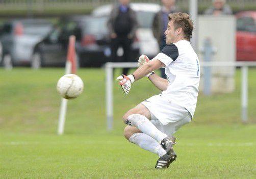 Martin Bischof, Torhüter beim Landesligisten VfB Hohenems, gelang gegen Mäder das 2:2 per Ausschuss. Foto: stiplovsek