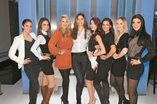 Miss Austrias unter sich (v. l.): Anna Hammel (2009), Silvia Hackl (MAC-Geschäftsführerin und Miss Austria 2004), Tatjana Batinic (2006), Celine Roscheck (2002), Amina Dagi (2012), Tanja Duhovich (2003), Patricia Kaiser (2000) und Carmen Stamboli (2011). Fotos: Philipp Juric/viennainfo.at