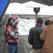 Asylwerber errichten Protestcamp