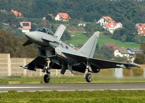 Peter Pilz fordert den Ausstieg aus dem Eurofighter-Vertrag. Das ist aufgrund zu geringer Anhaltspunkte aber nicht möglich. Foto: apa