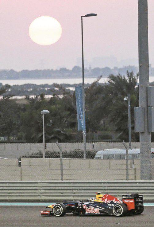 Sebastian Vettel war mit dem Red Bull auch in Abu Dhabi der schnellste Mann am ersten Trainingstag. Foto: ap