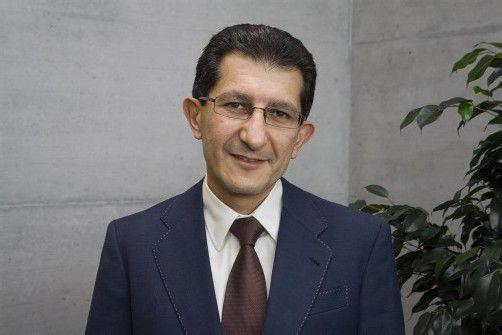 Vaheh Khachatouri, Portrait, Fachhochschule, Leiter, (1/2)