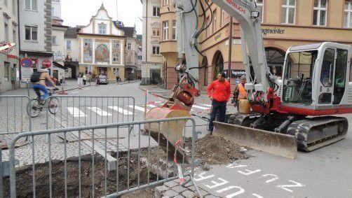 Wasser- und Stromleitungen werden im Bregenzer Stadtzentrum verlegt.
