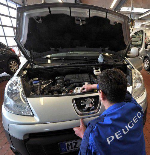 Zu den Großkunden von Adecco gehört unter anderem auch der Autohersteller Peugeot. Foto: DAPD
