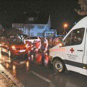 Götzis: Zwei Fußgänger von Auto erfasst