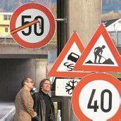 Verkehrszeichen – Ein Drittel wäre verzichtbar /A7