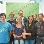 Sechs neue Lehrlinge bei Baur