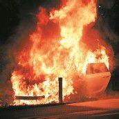 Auto ging in Flammen auf