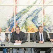 Hitzige Kontrollausschuss-Sitzung über Sportservice Martin Keßler, Günter Kraft, Karl Fenkart und Martin Schäffl (v. l.) stellten sich kritischen Fragen /A7