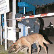 Taxilenker mit Pfefferspray überwältigt und ausgeraubt