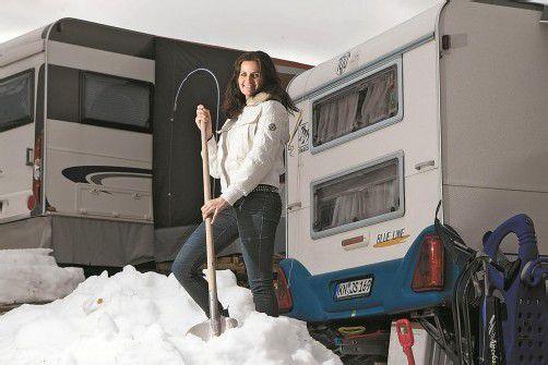 """1,70 Meter Schnee sind am Hochlitten im Dezember gefallen. Renate Kirchmann-Bilgeri: """"Da haben wir tagelang geschaufelt."""" foto: vN/Steurer"""