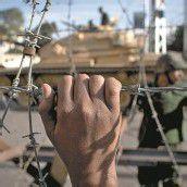 Mursi droht und lädt ein