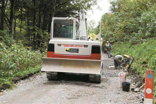 Die Bauarbeiten zur Sanierung der Ziegerberger Straße schreiten zügig voran. Foto: str