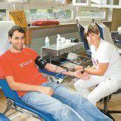 Mit Blutkonserven gut versorgt