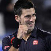 Djokovic siegt bei Schaukampf in Abu Dhabi
