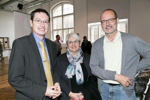 Ebenso unter den Besuchern: Philipp Graninger (l.) mit Angelika Pfitscher und Herbert Spiess. Fotos: Privat