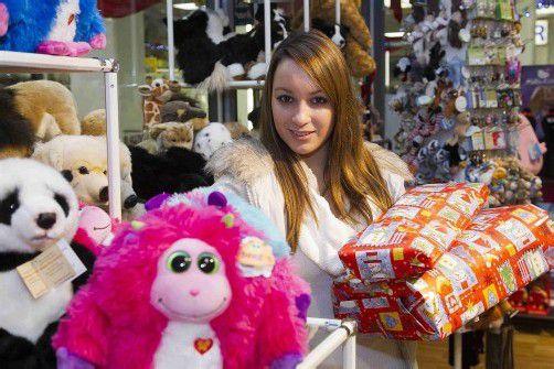 Feature Selina aus Hörbranz Handel Einkauf Einkaufen Weihnachten Geschenke