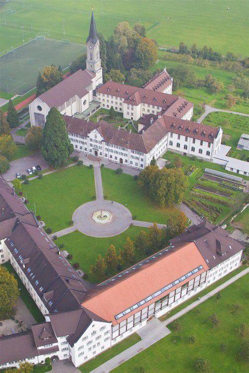 feature luftaufnahme kloster mehrerau