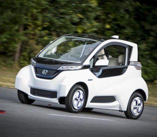 Honda unterzieht seinen kleinen Stromer einem Praxis-Test.