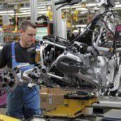 BMW erweitert Motorradwerk