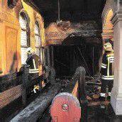 Brandstiftung in drei Kirchen