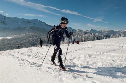 In Schwarzenberg startet der Skitourencup. Foto: hollenstein