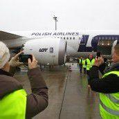 Erstmals ein Dreamliner nun in Wien gelandet