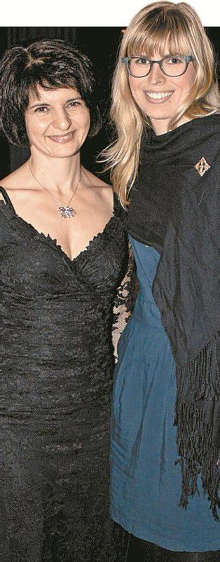 Jasmin Khachatouri (l.) und Ulla Gratt. FotoS: FRANC