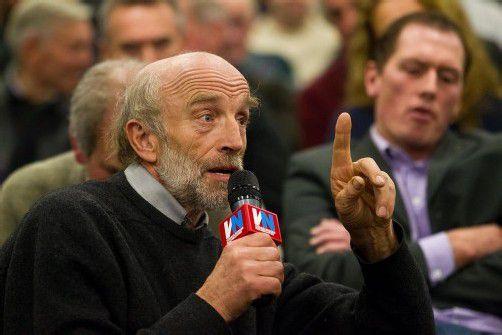 Käsekrise: Was Grünen-Urgestein Simma am Stammtisch zu sagen hatte, schien Kammer-Präsident Moosbrugger gar nicht zu gefallen. Foto: VN