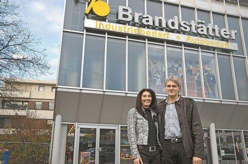 Karin Brandstätter-Meinhart und Christian Meinhart bieten den Kunden ein umfassendes Sortiment. Foto: VN