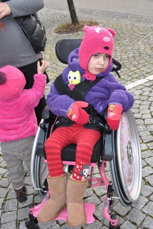 Kürzlich bekam Angelina aus Meiningen ihren neuen Rollstuhl.