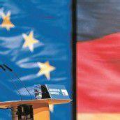 Merkel mit Rekordergebnis als CDU-Vorsitzende bestätigt