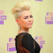 Wird Miley Cyrus der Half Man?