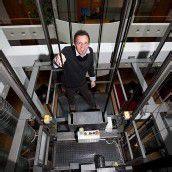 Profis für Aufzugservice