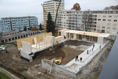 """Obergeschoß-Holzkonstruktion beim neuen Kindergarten """"Klausmühle"""" in Lochau. Fotos: bms"""
