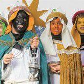 Caspar, Melchior und Balthasar folgen dem Stern