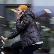 Handy beim Radeln – das kann teuer werden