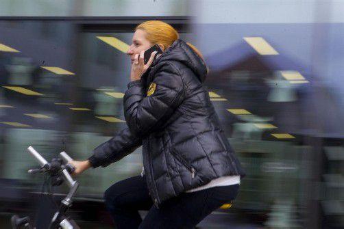 Telefonieren während der Fahrt ist bald verboten. Foto: vn/hartinger