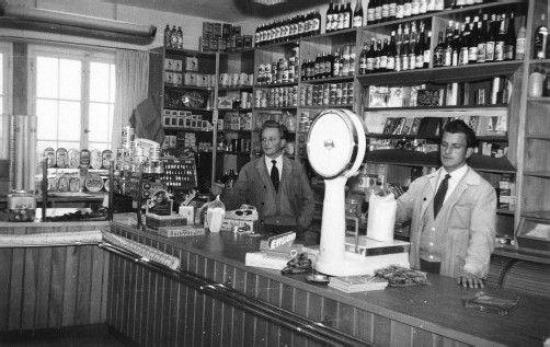 Ulrich Sutterlüty (l.) setzte schon 1952 Maßstäbe im Lebensmittelhandel. Fotos: Sutterlüty