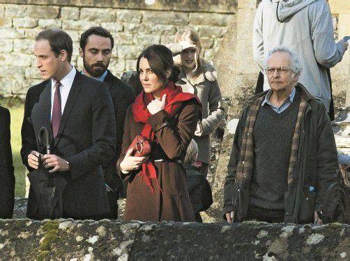 William und Kate nach dem Weihnachtsgottesdienst: Der Herzogin waren die Strapazen der letzten Wochen deutlich anzusehen. Foto: REUTERS