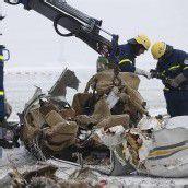 Flugzeugunglück mit acht Toten: Ursache unklar